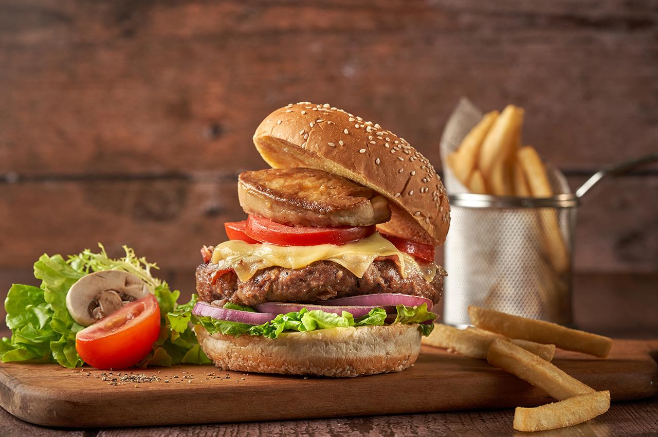 250克珍寶安格斯牛肉漢堡包配香煎法國鵝肝